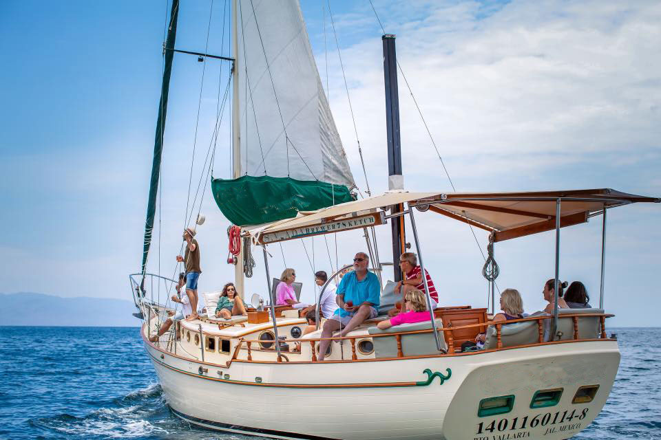luxurious-45-foot-ketch-sailboat2