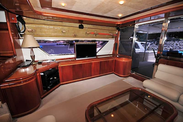 80-FT-Ferretti-Power-Yacht-Up-to-30-People-Entertainment-Center