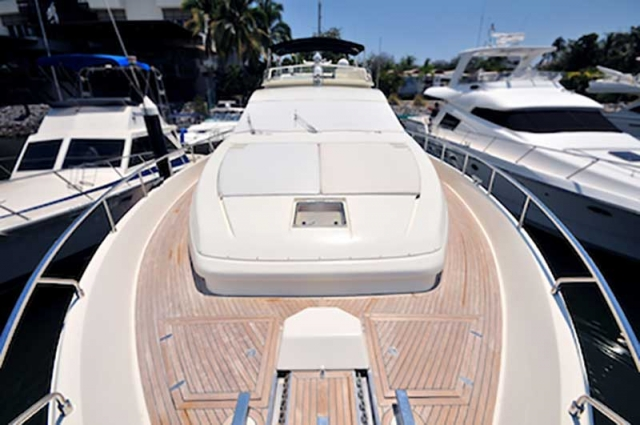 80-FT-Ferretti-Power-Yacht-Up-to-30-People-Wide-Open-Teak-Deck-Bow-with-Sunpads-Cushions