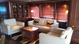 120 ft. Luxury Motor Yacht – Up to 20 People - interior
