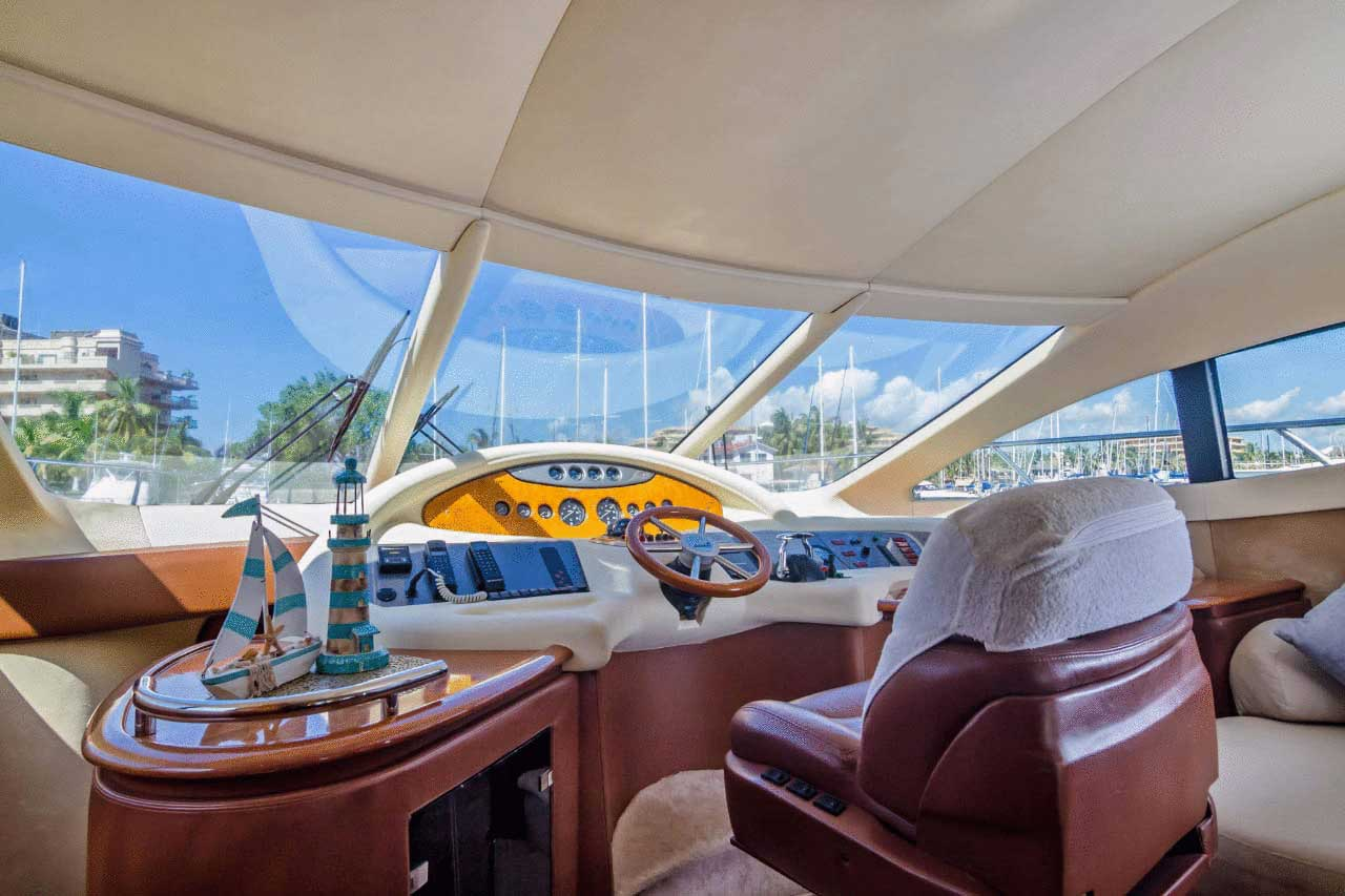 62-FT-Azimut-Luxury-Power-Yacht-Up-to-25-People-helm