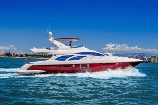 62-FT-Azimut-Luxury-Power-Yacht-Up-to-25-People-side2