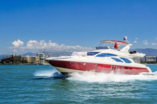 62-FT-Azimut-Luxury-Power-Yacht-Up-to-25-People-side3