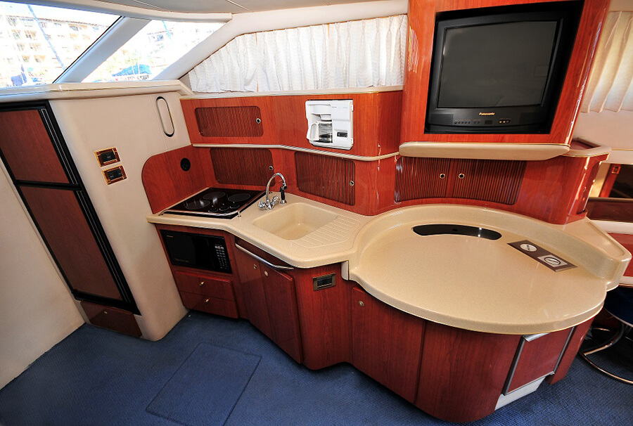 46-FT-Sea-Ray-Power-Yacht-Up-to-15-People-Open-Plan-Galley-Kitchen
