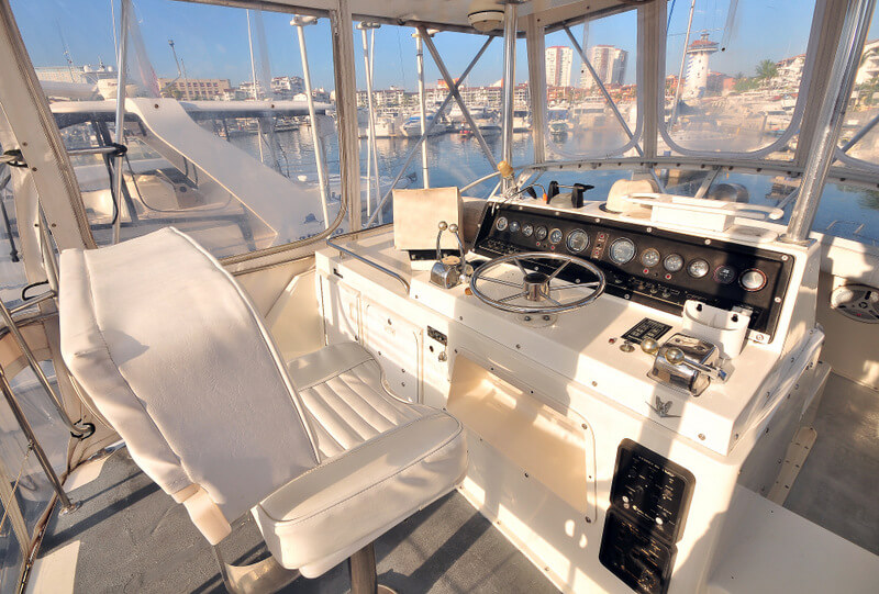 38 ft.Bertram- Fishing Yacht -Up to 10 People -  Upper Helm - full electronics