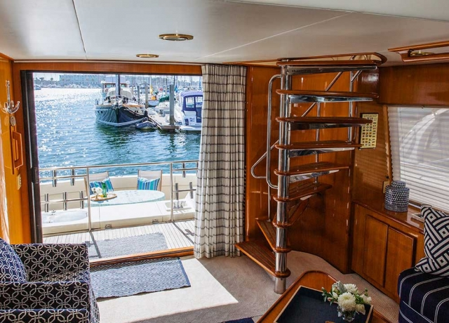 8-Mikelson-64-interior-Boat