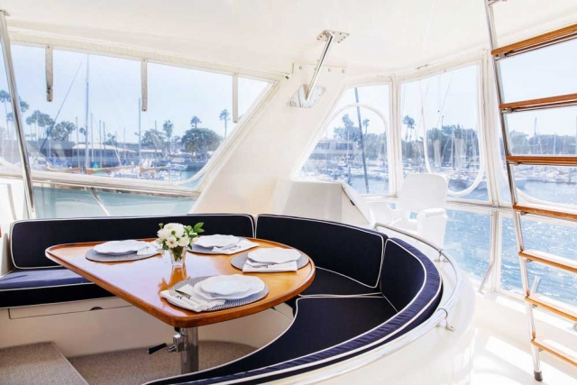 9-Mikelson-64-interior-Boat