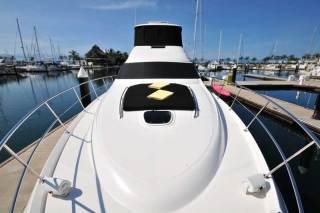 60 FT Sea Ray - Power Yacht - Up to 18 people2