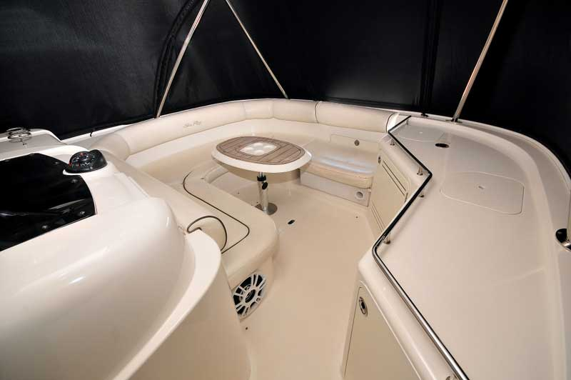 60 FT Sea Ray - Power Yacht - Up to 18 people6