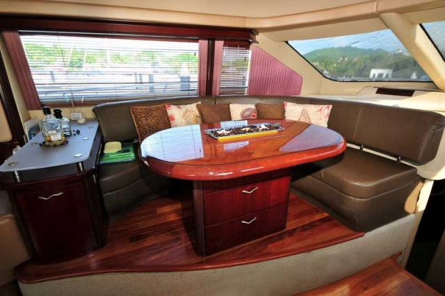 60 FT Sea Ray - Power Yacht - Up to 18 people - Sliding-table-transforms-a-dinette-into-a-lounge-bar