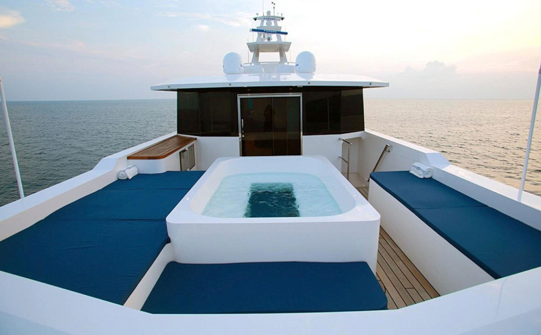 150-ft.-Luxury-Power-Yacht-–-Up-to-200-People7