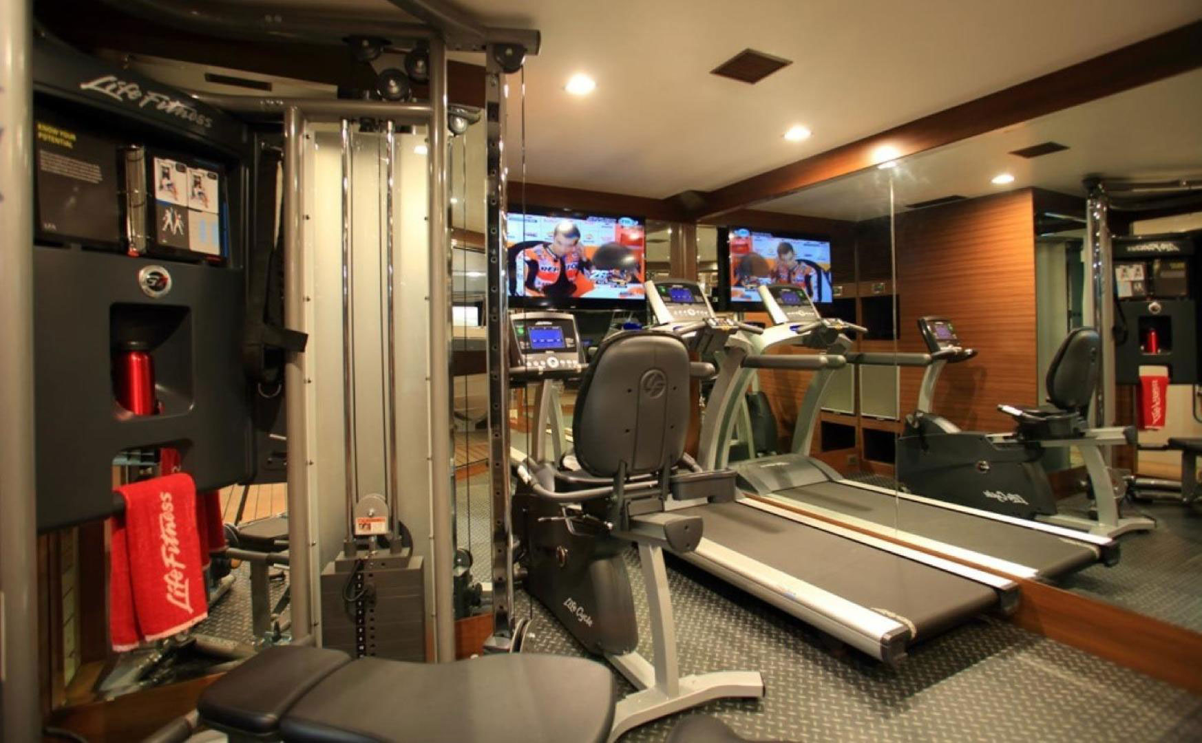 150-ft.-Luxury-Power-Yacht-–-Up-to-200-People - gym