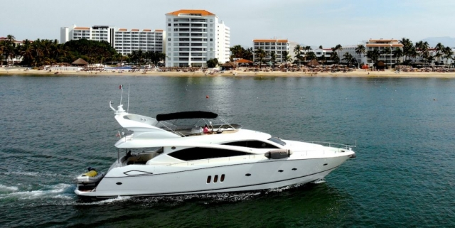76 ft. Sunseeker - Power Yacht - Up to 16 People5