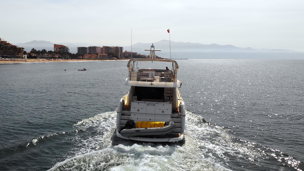76 ft. Sunseeker - Power Yacht - Up to 16 People10