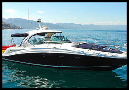 46-ft.-Sundancer-420-–-Luxury-Power-Yacht
